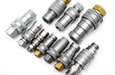 如何正确使用液压油管快换接头?